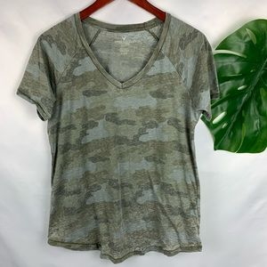 American Eagle Green Camouflage V Neck Women's M